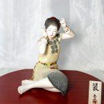 第71回 新作博多人形展で九州経済産業局長賞を受賞した博多人形師緒方恵子の作品「装」